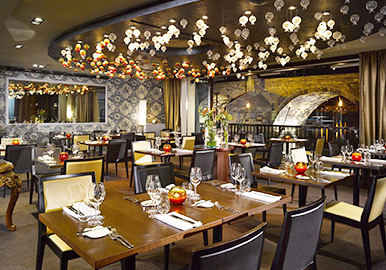 Casual & Fine Dining restaurants